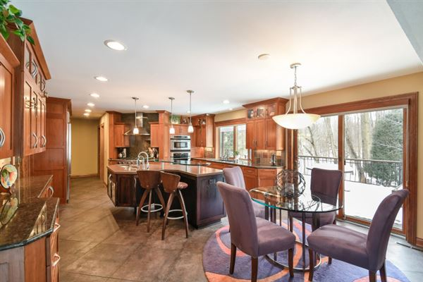 a Brookfield beauty luxury real estate
