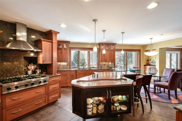 Luxury homes in a Brookfield beauty
