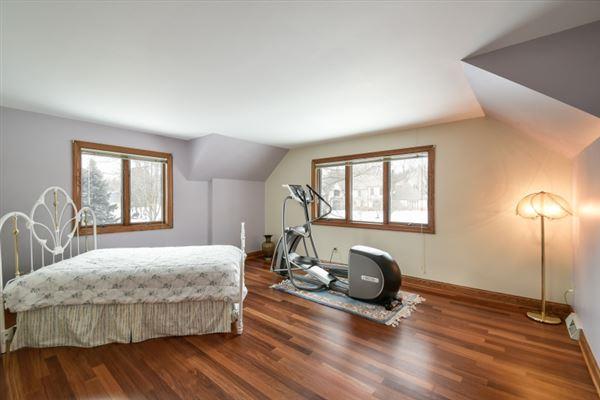a Brookfield beauty luxury properties