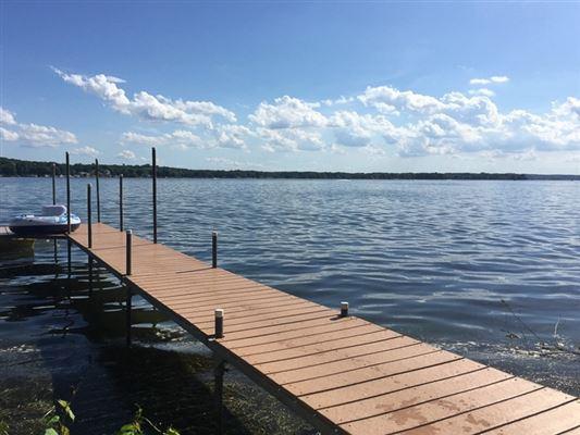 Enjoy lake living at its best luxury homes