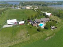 Luxury homes Impressive equestrian estate on over 35 rolling acres in the Town of Waterford