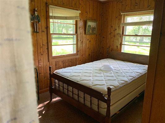Luxury homes rare four-plus acres on Big Cedar Lake