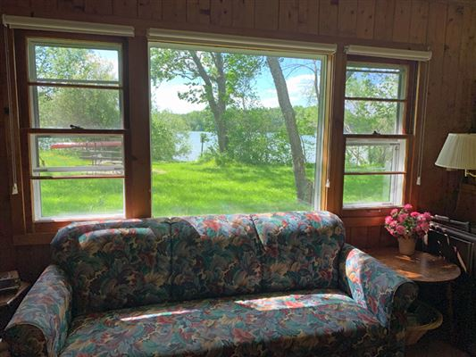 rare four-plus acres on Big Cedar Lake luxury homes