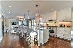 Luxury homes in  dazzling home in whitefish bay