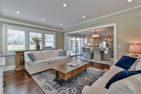 Luxury real estate  dazzling home in whitefish bay