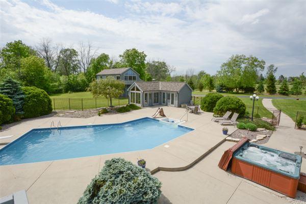 private five-plus acre estate luxury homes