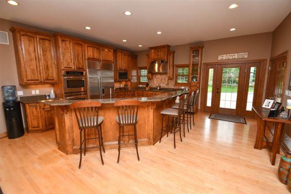 a High quality custom home mansions
