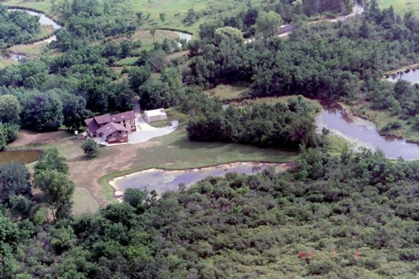 18 acres of total privacy luxury properties
