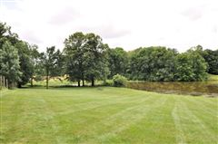 Mansions 18 acres of total privacy
