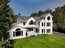 Mansions Wonderful Mequon gem with breathtaking lake views
