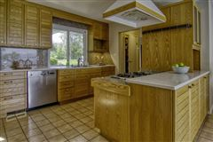 Luxury homes Wonderful Mequon gem with breathtaking lake views
