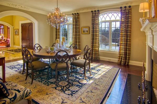 private wooded 5 acre colonial luxury properties