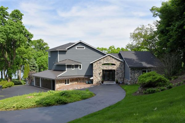 incredible home with stunning panoramic views luxury homes