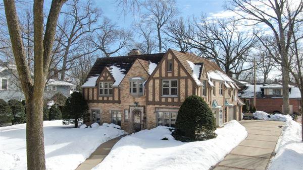 exquisite Tudor home luxury properties