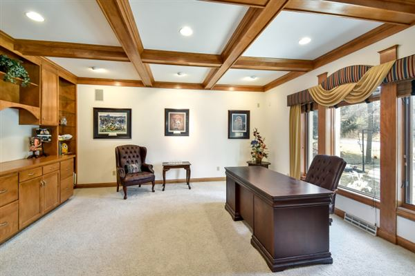 Luxury properties custom estate in sought-after Stonegate