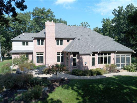 custom built executive estate luxury properties
