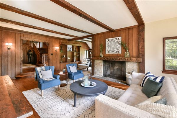 An iconic jewel, the Evinrude Estate luxury homes