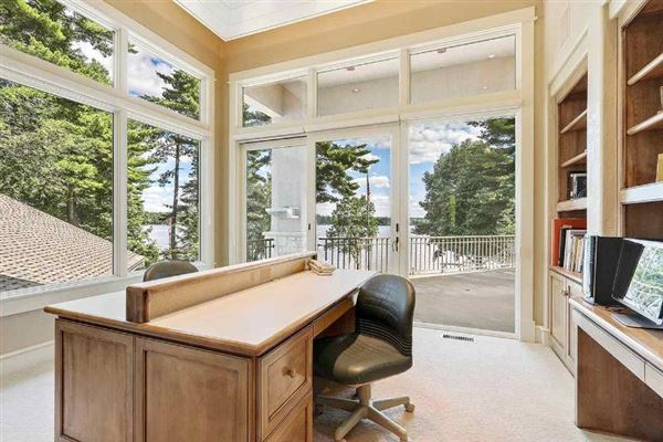 exquisite and spacious lakefront home luxury real estate