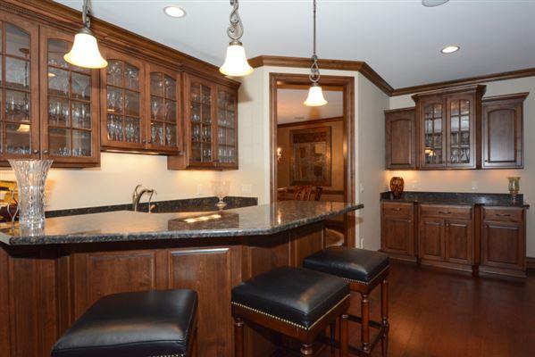 Luxury real estate  custom built executive estate