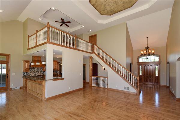 Luxury properties the best in pewaukee