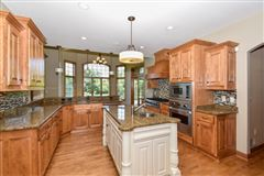 the best in pewaukee luxury homes