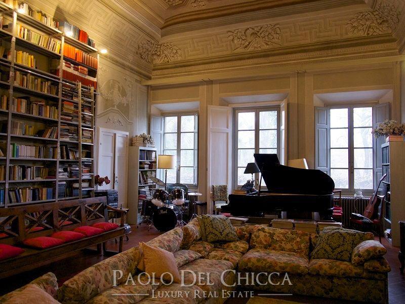 Seventeenth century villa in the hills luxury homes