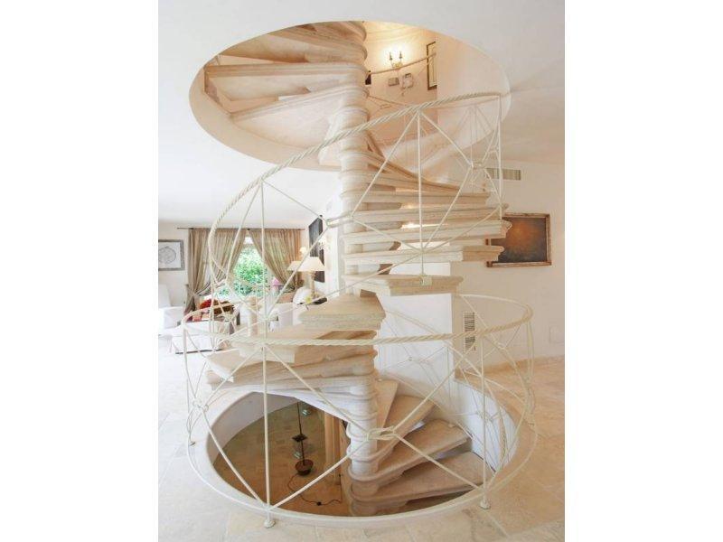 Villa in Forte dei Marmi luxury homes