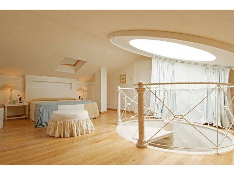 Villa in Forte dei Marmi luxury real estate