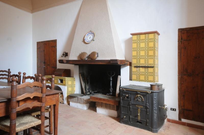 Seventeenth Century Palace in perugia luxury properties