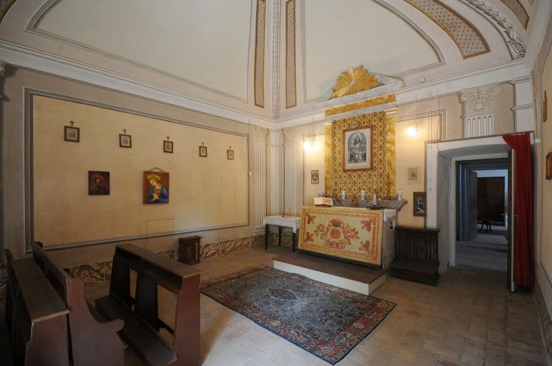 Luxury homes Seventeenth Century Palace in perugia