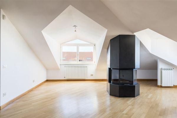 Luxury homes a splendid penthouse