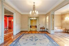 Luxury residence for sale Milan via Marchiondi in Italy mansions