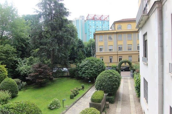 Mansions in Luxury residence for sale Milan via Marchiondi in Italy