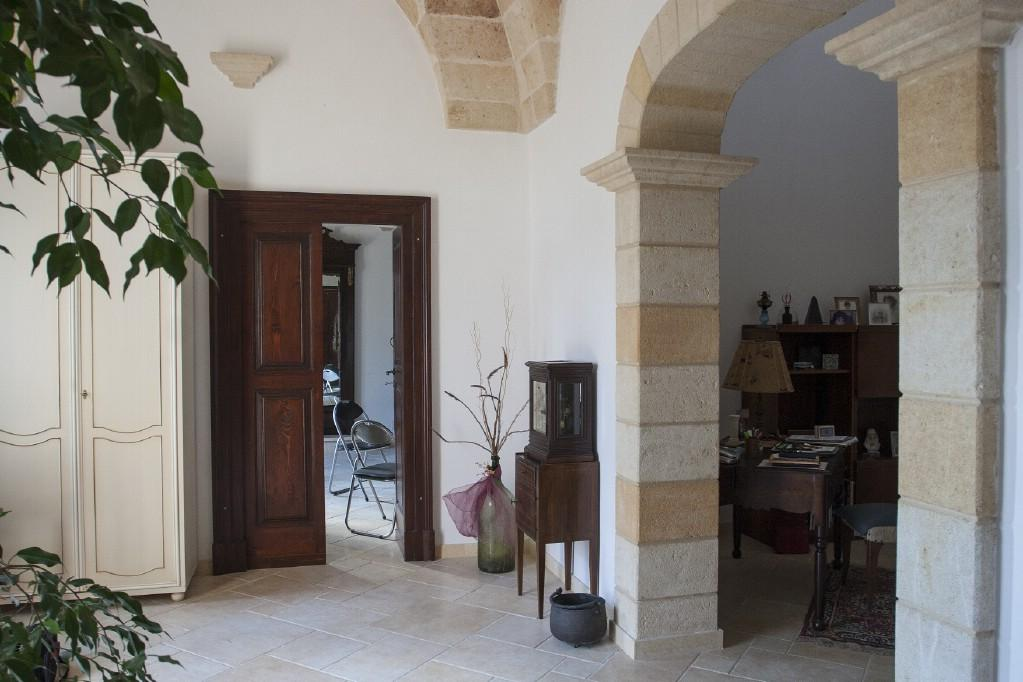 Luxury real estate Hunting estate by the sea in Puglia