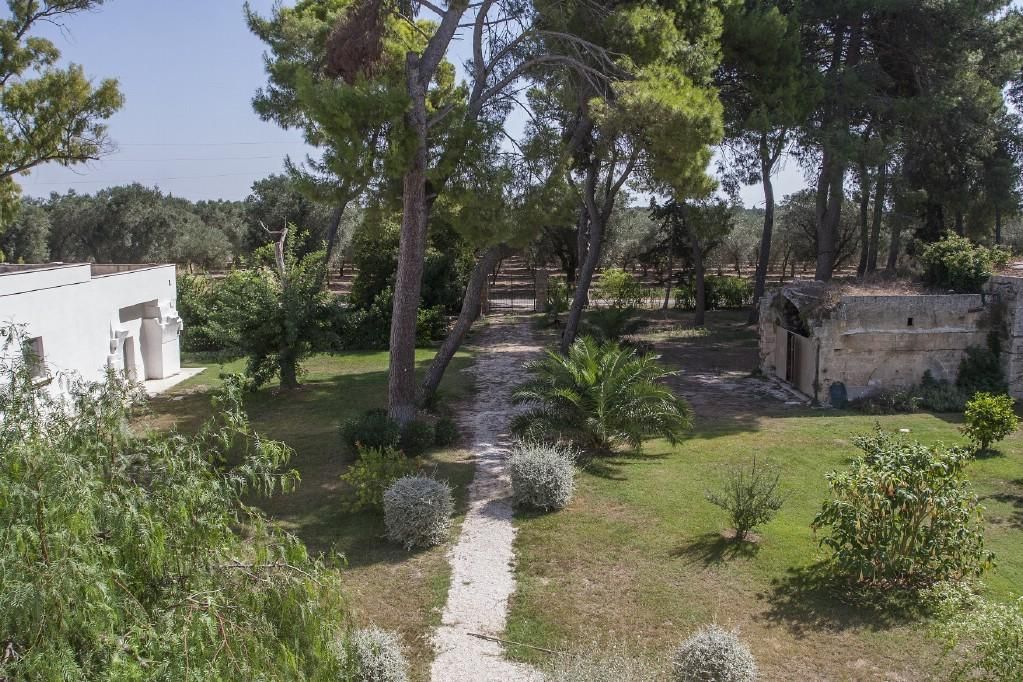 Luxury properties Traditional 18th century farmhouse in Puglia