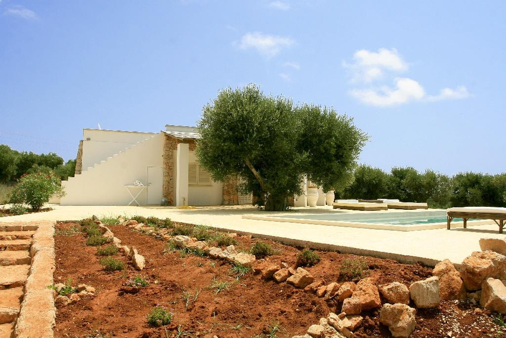 Villa in typical Mediterranean style in Salento mansions