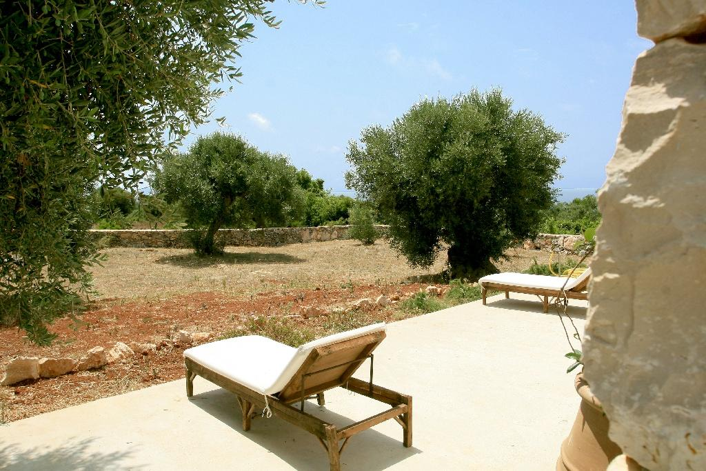 Villa in typical Mediterranean style in Salento luxury real estate