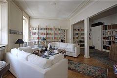 prestigious Milanese home luxury homes