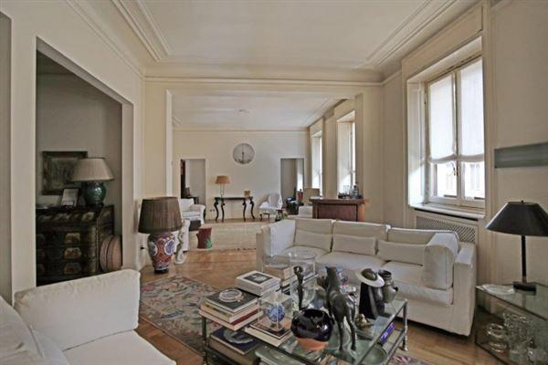 Luxury homes prestigious Milanese home