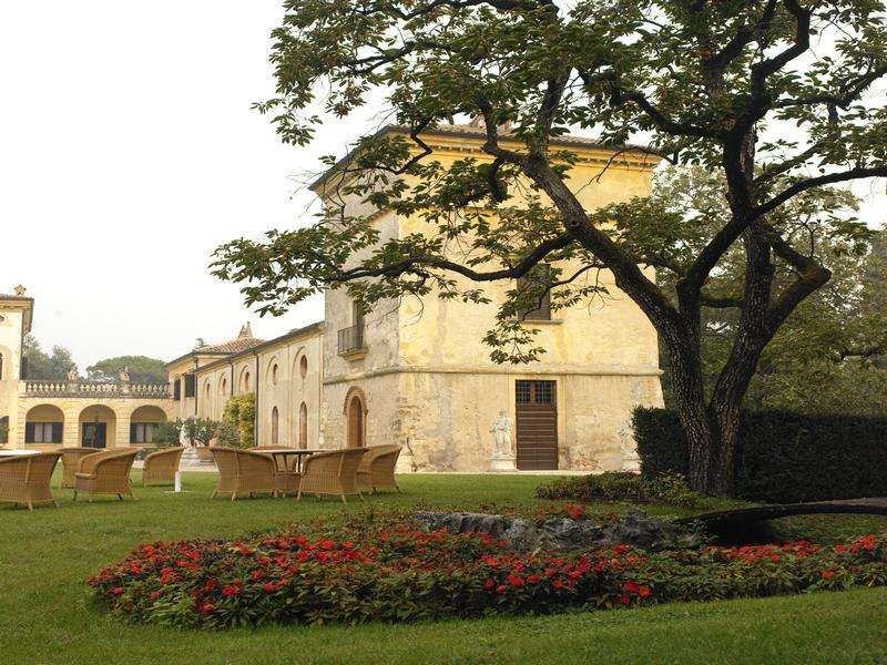 Luxury real estate historic villa in Valpolicella