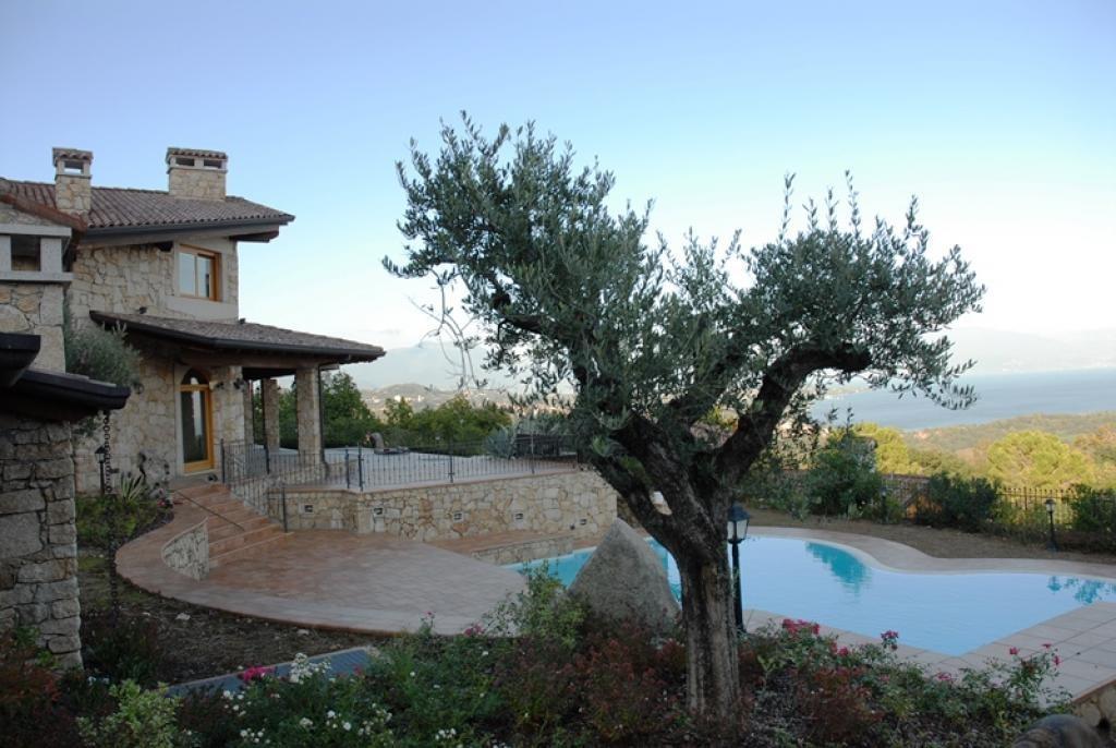 Villa Built With Prestigious Materials Italy Luxury