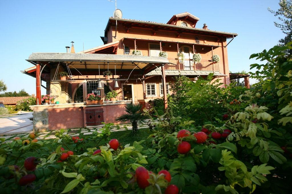 Rustic in Garda Lake luxury properties