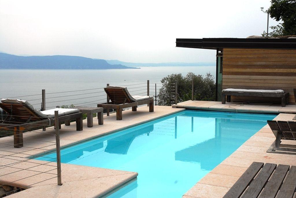 Gardone Riviera luxury properties