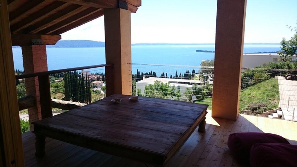 Gardone Riviera luxury homes
