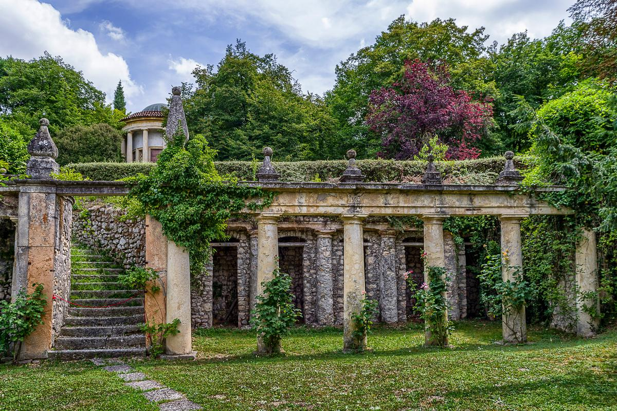 Amazing Renaissance Villa in Verona Italy luxury real estate