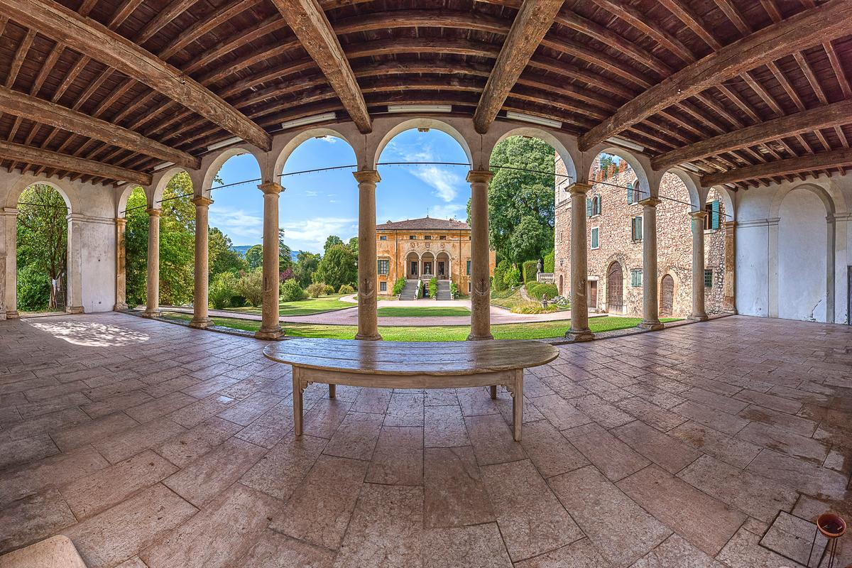 Amazing Renaissance Villa in Verona Italy luxury properties