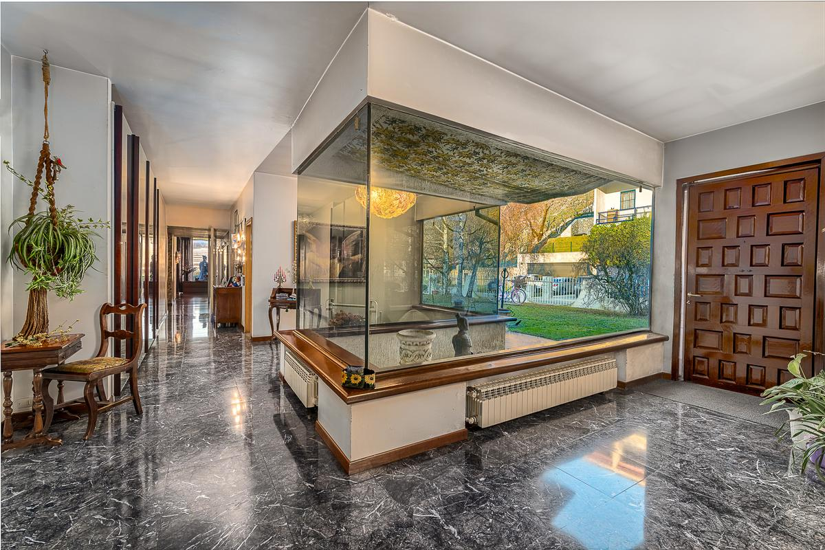 Luxury real estate ONE OF A KIND ELEGANT VILLA IN VERONA HILLY AREA