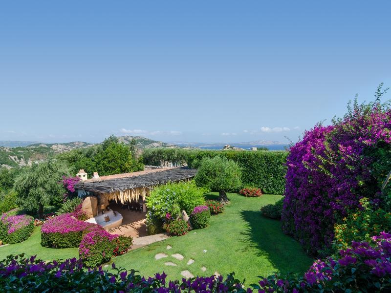 Luxury homes in Villa Sa Sposa in Sardinia Italy