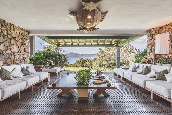 Waterfront Villa in Porto Rotondo for Rent mansions