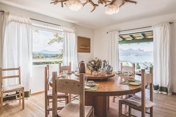 Mansions in Waterfront Villa in Porto Rotondo for Rent